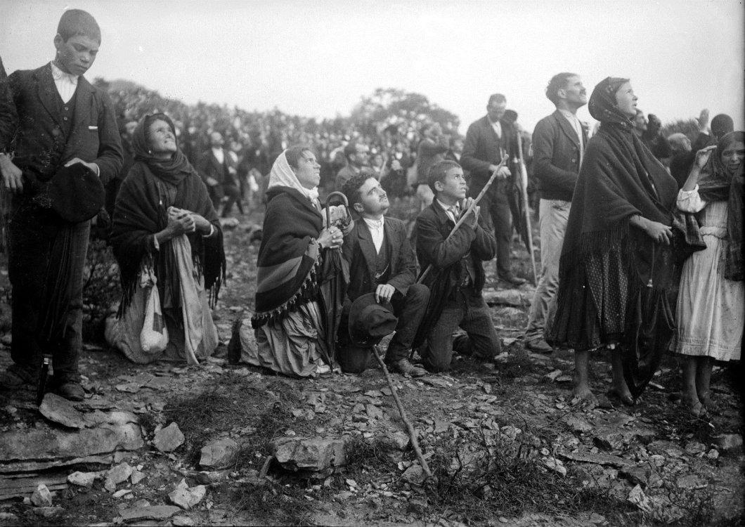 milagro-del-sol-en-fatima-13-de-cotubre-1917